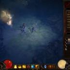 Die Wegpunkte bringen den Helden schnell ans Ziel, und im Inventar legt der Spieler die Ausrüstung an. (Bild: Screenshot netzwelt)