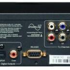 Bestens bestückt: Dank zweier HDMI-Ausgänge ist der Cambridge-Player in der Lage, (3D-)Bild- und Tonsignale getrennt auszugeben. Weitere Highlights sind der eSata-Port und die RS-232-Schnittstelle. (Bild: netzwelt)