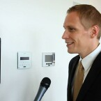 Enrico Löhrke von inHaus im Gespräch mit netzwelt. (Bild: netzwelt)