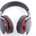 Klare Empfehlung: Der geschlossene Sony-Kopfhörer durchläuft den Testparcours ohne gravierende Schwächen. Allein Bassliebhaber vermissen den Extra-Punch. (Bild: netzwelt)