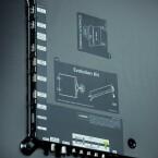 Gut zugänglich: Die rückseitigen Anschlüsse des UE 75 ES 9090 bieten ausreichende Abstände und sind problemlos zu erreichen. Wünschenswert ist lediglich ein vierter HDMI-Eingang. (Bild: netzwelt)