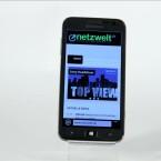 Das Ativ S bietet ein 4,8 Zoll großes HD Super AMOLED-Display. (Bild: netzwelt)