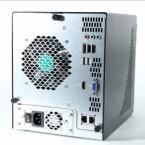 4 USB 2.0-Ports, ein eSATA-Anschluss, Ethernet-Schnittstelle, VGA und HDMI zur Verbindung mit externen Displays. (Bild: netzwelt)