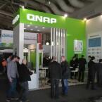 Neue NAS-Geräte von QNAP gibt es am Stand E60 in Halle 2 zu sehen. (Bild: netzwelt)
