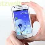 Das S Duos ist zwar mit der Nutzeroberfläche TouchWiz ausgestattet, auf Features wie SmartStay müssen Nutzer aber verzichten. (Bild: netzwelt)