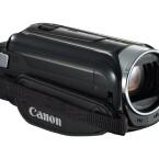 Die Canon Legria HF R48 ist sehr kompakt und taugt deshalb auch als Immer-dabei-Camcorder. (Bild: Canon)