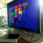 Als Betriebssystem kommt Windows 8 zum Einsatz. Die Metro-UI ist am besten auf Tablets steuerbar. (Bild: netzwelt)