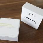 Die schicke Verpackung erinnert an den großen Computerhersteller aus Cupertino. (Bild: netzwelt)