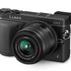 Erstmals in einer Systemkamera von Panasonic ist ein Bildstabilisator im Gehäuse integriert. (Bild: Panasonic)
