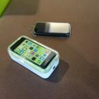 Das iPhone 5c ist in der Redaktion eingetroffen. (Bild: netzwelt)