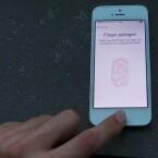 Der Scanner kann bis zu fünf verschiedene Fingerabdrücke speichern. (Bild: netzwelt)