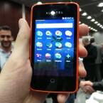 Das Display des Alcatel One Touch Fire misst in der Diagonalen 3,5 Zoll. (Bild: netzwelt)