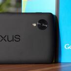 Die Rückseite ziert ein eingestanzter Nexus-Schriftzug. (Bild: netzwelt)