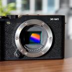Der X-Trans CMOS-Sensor hat eine Auflösung von 16 Megapixeln. (Bild: netzwelt)