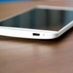 An der Unterseite weist das HTC One Max einen microUSB-Anschluss auf. (Bild: netzwelt)