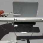 An der Seite bietet das Xperia Z1 Compact eine Kamerataste. (Bild: netzwelt)
