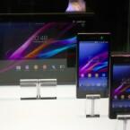 Sony-Produkte vereint: Xperia Tablet Z (hinten), Xperia Z1 (Mitte) und Xperia Z1 Compact (vorn). (Bild: netzwelt)