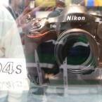 Nikon kündigte auf der CES 2014 an, ein neues Spitzenmodell zu entwickeln. (Bild: netzwelt)