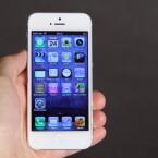 Knapp 361 Euro zahlen die Wiederverkäufer derzeit für das iPhone 5 mit 16-Gigabyte-Speicher. Das sind 53 Prozent des ursprünglichen Kaufpreises aus dem Jahr 2012. (Bild: netzwelt)
