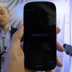 Der Bildschirm des YotaPhone 2 misst in der Diagonale 4,7 Zoll. (Bild: netzwelt)