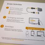 Erste Schritte zur Inbetriebnahme erläutert Google im Klappdeckel. (Bild: netzwelt)