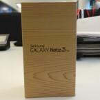 Das Galaxy Note 3 Neo ist in der Redaktion eingetroffen. (Bild: netzwelt)