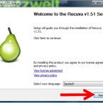 """Startet die heruntergeladene EXE-Datei mit einem Doppelklick und bestätigt die Benutzerkontensteuerung von Windows mit einem Klick auf """"Fortsetzen"""". Anschließend wählt ihr die Sprache für das Setup aus und klickt auf den Button """"Next >"""". (Bild: Screenshot)"""