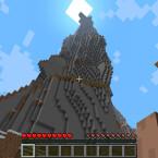 Platz 8 - Minecrift: Dank einer Mod darf ich auch in der Virtual Reality Klötzchenkunstwerke in die quadratische Welt von Minecraft klöppeln. Das macht auch ohne Oculus Rift eine Menge Laune, eine nette Spielerei ist die Variante mit klobiger Skibrille auf der Nase aber allemal. (Bild: Mojang)