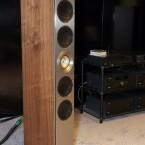 Kef Reference 5: Neues steifes Gehäuse und neue Alubässe für noch höher aufgelösten Klang. (Bild: netzwelt)