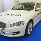 Meridian-Sound: Im Jaguar XJ sind 20 Lautsprecher und ein Zweikanal-Subwoofer verbaut. (Bild: netzwelt)