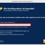 """Im letzten Fenster können Sie Ihre E-Mail-Adresse angeben, um Produktinformationen und Statusberichte von ZoneAlarm zu erhalten. Diese Angaben sind aber keine Voraussetzung, um die Installation abzuschließen. Sie können das Häkchen im Kontrollkästchen entfernen und ohne weitere Eintragungen auf """"Fertig"""" klicken. (Bild: Screenshot)"""