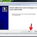 """Es startet der Assistent zum Hinzufügen neuer Geräte. Der neue USB-Stick sollte jetzt nicht am Computer stecken. Klicken Sie auf dem Startbildschirm des Assistenten auf """"Weiter >"""". (Bild: Screenshot)"""