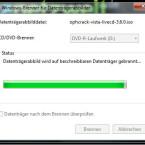 Während die Image-Datei auf Ihre CD gebrannt wird, verfolgen Sie den Fortschritt anhand eines grünen Balkens. Warten Sie, bis der Vorgang abgeschlossen ist. (Bild: Screenshot/Windows)
