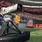 Das Kamerateam fängt das Geschehen auf dem Spielfeld ein. (Bild: Konami)