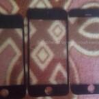 Dieses Foto soll die Frontseite des iPhone 6 (rechts) im Vergleich zu seinen Vorgängern iPhone 4s (links) und iPhone 5s (Mitte) zeigen. (Bild: nowhereelse.fr)