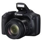 Die Canon PowerShot SX520 HS ist mit einem Boardblitz ausgestattet. (Bild: Canon)
