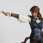 Die Elise-Figur ist mit einem Modell von Arno zu einem Diorama kombinierbar. (Bild: Ubisoft)