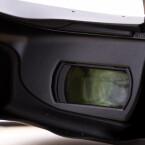Die zwei OLED-Screens zaubern ein riesiges Bild auf die Augen. (Bild: netzwelt)