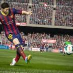 Die digitalen Versionen von Spielern sollen sich ihren realen Vorbildern entsprechend verhalten - Linksfuß Messi beispielsweise bevorzugt seinen starken Fuß auch in FIFA 15. (Bild: EA)
