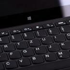 Der Tastatur fehlt eine Beleuchtung - ansonsten überzeugt sie auf der ganzen Linie. (Bild: netzwelt)