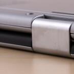 Die speziellen Scharniere erlauben die Verwandlung vom Ultrabook in ein Tablet.