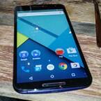 Das Google Nexus 6 bietet ein 5,96 Zoll großes QHD-Display,.
