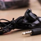 Google und Motorola legen dem Nexus 6 auch diese In-Ear-Kopfhörer bei.