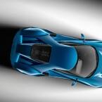 Ein Sechszylinder Mittelmotor mit 600 PS sorgt für ordentlich Vortrieb. Im Innenraum...