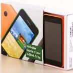 Beim Kauf des Lumia 530 haben die Nutzer die Wahl zwischen vier Farben - netzwelt entscheidet sich für die orange Farbvariante.