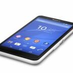 Es bietet ein 5-Zoll-Display, dass mit 960 x 540 Pixeln auflöst. (Bild: Sony)