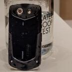Staub kann dem Smartphone ebenso wenig anhaben wie...