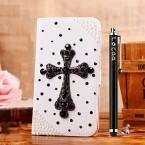 Das Locaa Bling Case für das One M9 gibt es mit verschiedenen Motiven - etwa einem Kreuz, ...