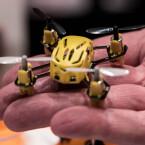 Ein echter Spielzeug-Copter. Diesen Winzling haben wir auf der CES 2015 gefunden.
