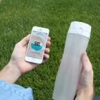 Die smarte Trinkflasche verbindet sich per Bluetooth mit eurem Smartphone.
